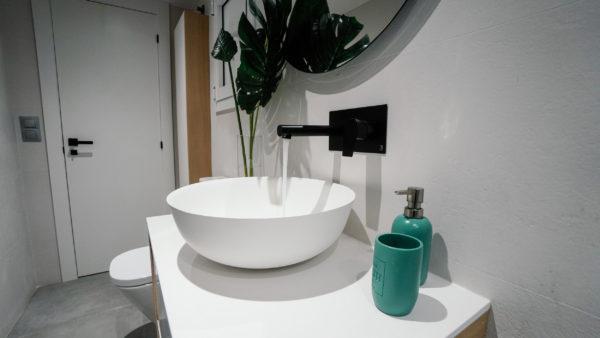 Meridiana baño invitados